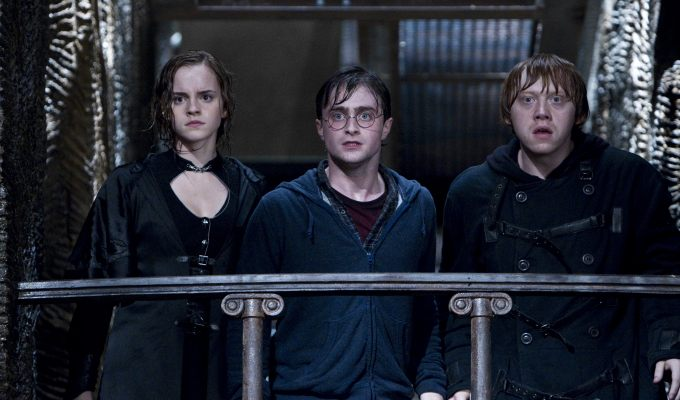 Watch online Harry Potter And The Deathly Hallows Part 1